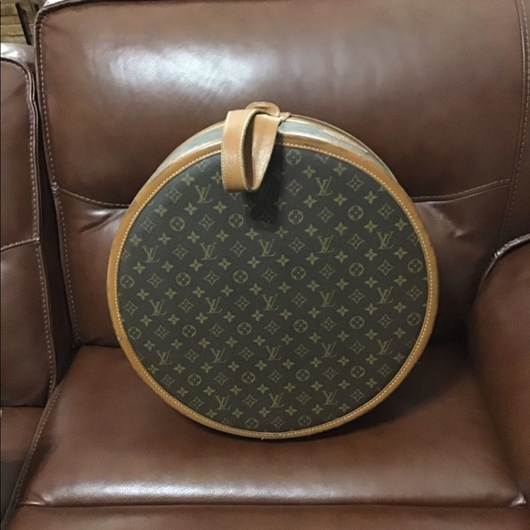 Louis Vuitton Handbags - Louis Vuitton French Company Boite Chapeaux